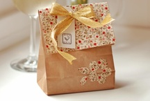 easy gift ideas-crafts, candies, food gifts, gift wrapping / easy DIY gift ideas, easy DIY craft ideas, DIY food gifts DIY ideas for wrapping/ presentation of gifts / by Kerri Gehlhausen