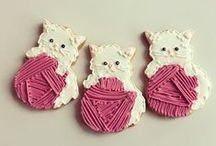 Cat Bake / by Yvonne Naudack