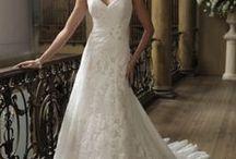 Wedding Ideas / by Roxanne Buffone