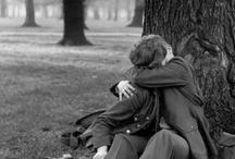 Beso Kiss Besos Kisses / y de mecedora y sus vaivenes tus besos-prólogo mi catecismo de besos tus besos analfabetos tus besos analfabetos saben más que una escuela politécnica . PECASCOR / by Jose Salado