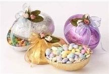 Easter Decorations / by Christmas Central