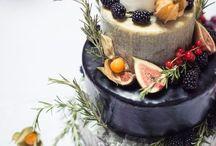 Stunning Cakes!! / by Maria Renata Leto