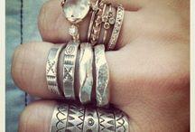 jewelry / by Anna Diaz