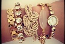 Bijoux / Essential pieces that complete an outfit / by Cătă