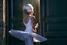 Dancing en Pointe  / by Elves Dreams
