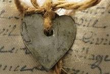 Hearts / by Elves Dreams