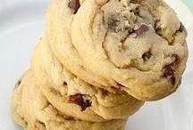 Desserts - Cookies, Brownies & Bars / by Susie Fairbanks
