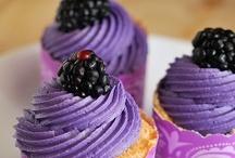 Dessert Anyone? / by Jaclyn Bindus