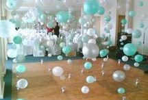 Up, Up and Awaaay! / Brilliant balloon ideas for meetings & events. / by Cvent