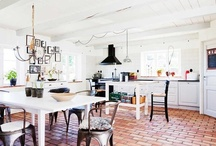 Home : Kitchen + Dinning / by Cristy Ball