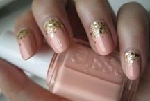Pretty Nails / by Miranda Lawton
