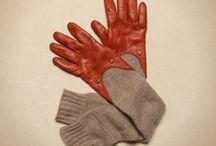 Gloves, des gants, handsker / by Jeanne Bay