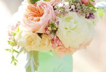 Future Dream Wedding ideas / by Katie Dishong