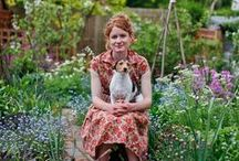 gardening / by Penny Harvey