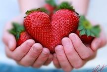 Berries / by Leanne Irv