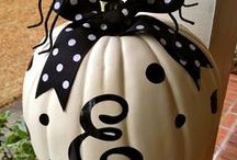 Spooky! / by Kelly Kartchner