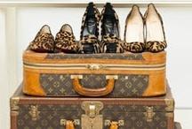 Alla Moda / Fashionista! / by Jessica Nartey