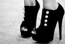 wear it / by Tiffany Nichols