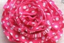 Fabric Flowers / by Rechele Bonner
