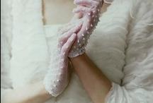 Bridal Accessories / by Tul y Flores .