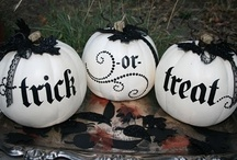 Halloween / Fun Halloween recipes, decor, and costume for little ghouls and goblins ( or their parents) Celebrate Halloween and have fun plus stay within your budget while still having Halloween decor that's fun and festive / by Lisa Samples