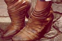 Shoes / by Sally Monnin