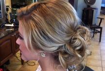 HAIR STYLES / by Valerie Occhipinti