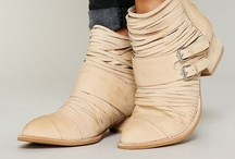 Style // Shoe Envy / Shoes, shoes and more shoes! / by Hillary Brown