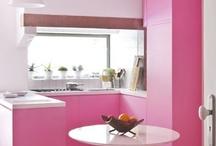 Kitchens / by Aubrey Yorko