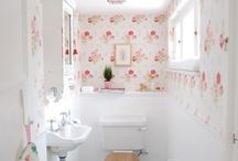Bathrooms / by Aubrey Yorko