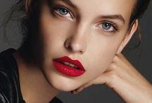 Make up / by Veronica Rodriguez Castaño