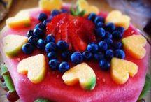 Fruit / by Melike Celebi