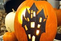 Holidays-Halloween / by Chris Matthews Baker
