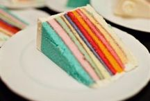 cakes / by Tania Hoult