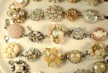 Jewelry tutes / by KathleenWagnerSciola