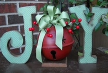"""It's looking a lot like Christmas!""~Creative Ideas / by Lisa Kenninger Fischer"