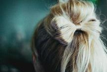 a flower in your hair / by Anna Caldas