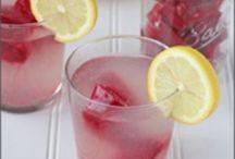 Cocina - Bebidas / Recetas de bebidas, especialmente de fruta. / by Paula Mariani
