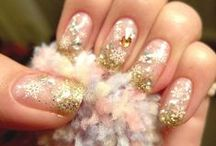 Amazing Nails / by Natalie Khouri