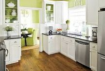 DiY Kitchen Renovation / by Nicole Conover