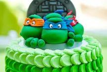 Cake Decorating / by Julie Przybylski