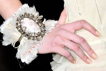Accessories: Jewelry / by Diane Reheis