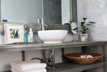 Bathroom / by Elisa Beretta