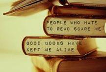 Book Store Bliss / by Jill Plotke