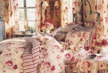 BEDROOM: Guest Room / by Suzi Corwith