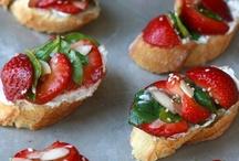 EAT [snacks] / by Katherine Rankin