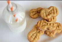 COOKIES! nom nom nom nom! / cookies! lots and lots of cookies! / by MeLeah Hensel