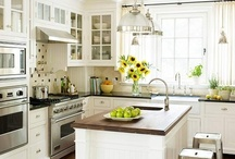 Kitchens / by Lindajane Keefer
