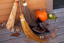 Halloween Decor/Crafts/Recipes / by Carri Jandziszak