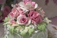 Beautiful Cakes ♥ 2 / These are cakes with no recipes~just beautiful to look at! / by Dinah Roberts